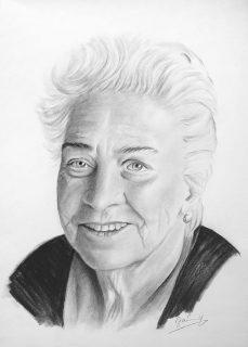 Oma Portrait Kohlezeichnung